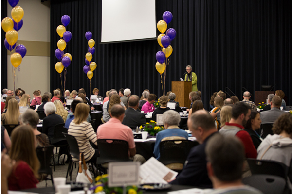 President Kim Krull speaks to donors and students and Foundation Dinner.